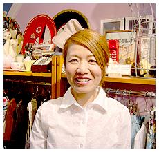 4丁目「元町ツバメ洋品店」店主 山根 美里さん