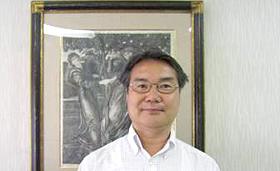 3丁目「神戸風月堂」元町の芸術家 日崎 隆広さん
