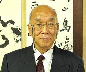 6丁目「赤坂屋呉服店」の元町の芸術家 赤坂 通夫さん