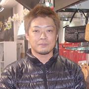 4丁目「LIBERAL 神戸本店」 筑紫 潤也さん
