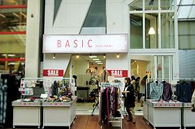 BASIC(ベーシック) 元町通店